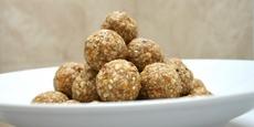 Thumb small nr0147 bitesize gluten free nut balls nh8